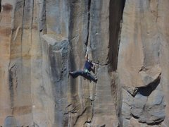 Rock Climbing Photo: Stemming through the crux of Three Turkeys on the ...
