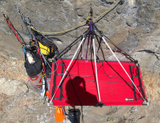 Rock Climbing Photo: The bivy at El Cap Tree. The rope is tied as my so...