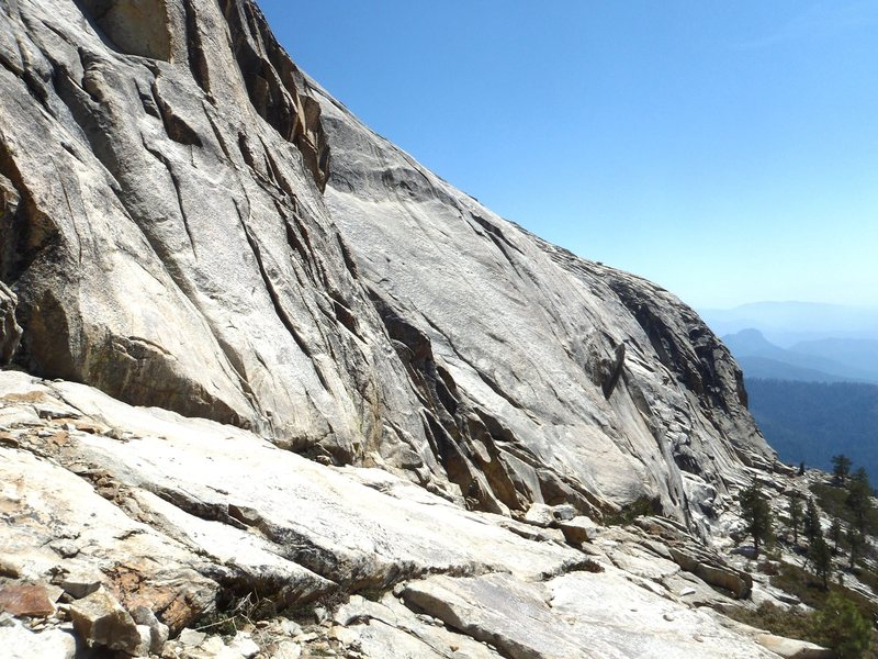 View along the West face after descending the slabs.