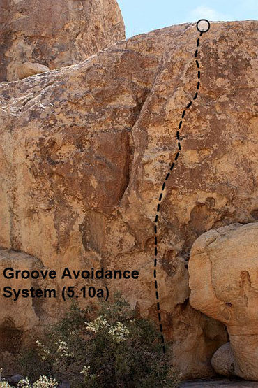 Rock Climbing Photo: Groove Avoidance System (5.10a), Joshua Tree NP