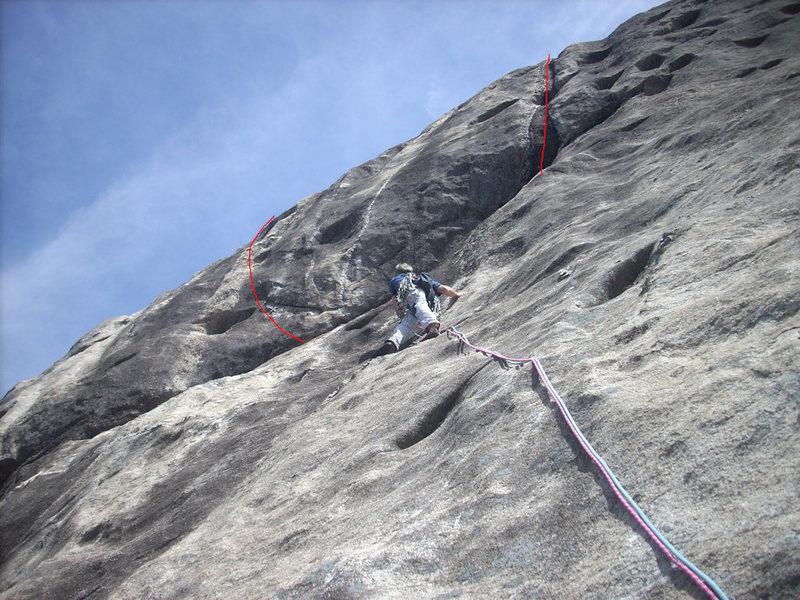Rock Climbing Photo: Laurel Knob Central Pillar P3 anchors - Routes abo...