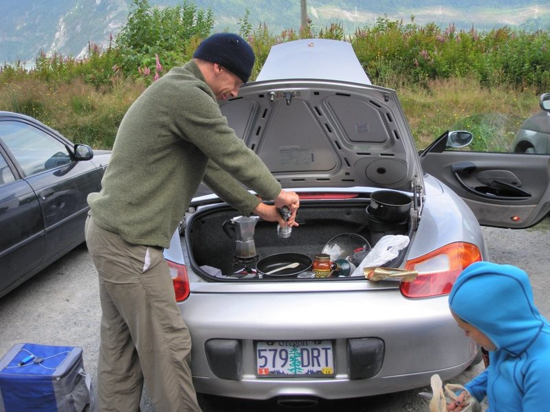Darrell cooking in the back of his Porsche...