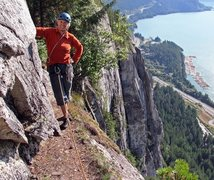 Rock Climbing Photo: At the easy end of Bellygood ledge - near the top ...