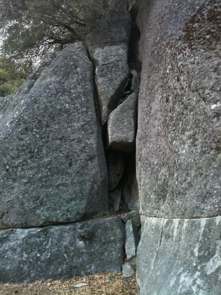 V-Crack (don't know the real name), Swan Slab. 5.7ish or so.