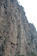 Rock Climbing Photo: Some of the undeveloped sections of the A-section ...