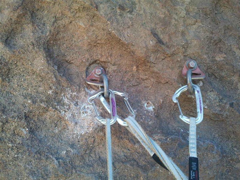 Rock Climbing Photo: 2-bolt anchor at top of P2.