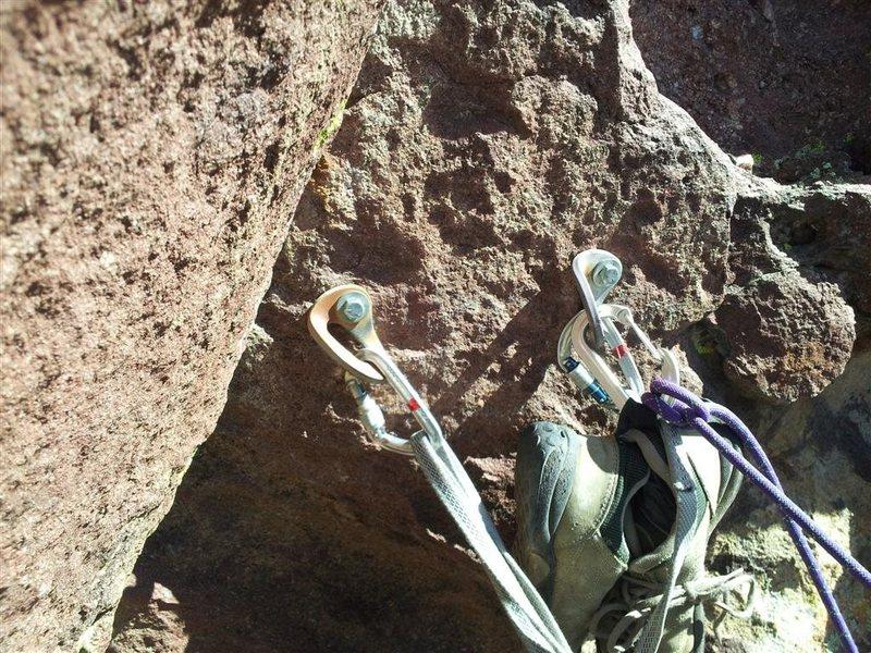 Rock Climbing Photo: P3 anchor with fat Metolius rap hangers.