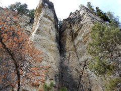 Rock Climbing Photo: Juggernuts follows the line just to the right of Y...