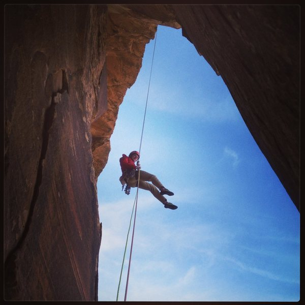 Fun rappel off of Texas Hold 'Em