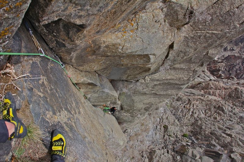 Rock Climbing Photo: Looking down on the start of the 3rd pitch from th...
