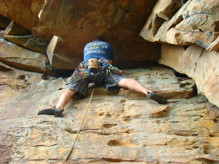 Rock Climbing Photo: Me just about to clip my first piece at the 1st ro...