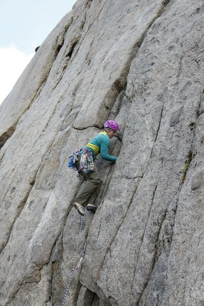 Lina leading up Cloud Nine (pitch 1) at Pearly Gates. (photo by Justin Jones)