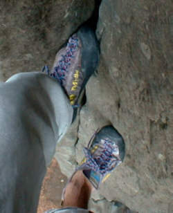 Heel slightly lower than toe