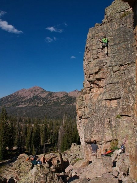 Fantastic trad route! Very mellow route, but with great movement, gear placements, setting, and exposure!<br> <br> Photo: David Eckles