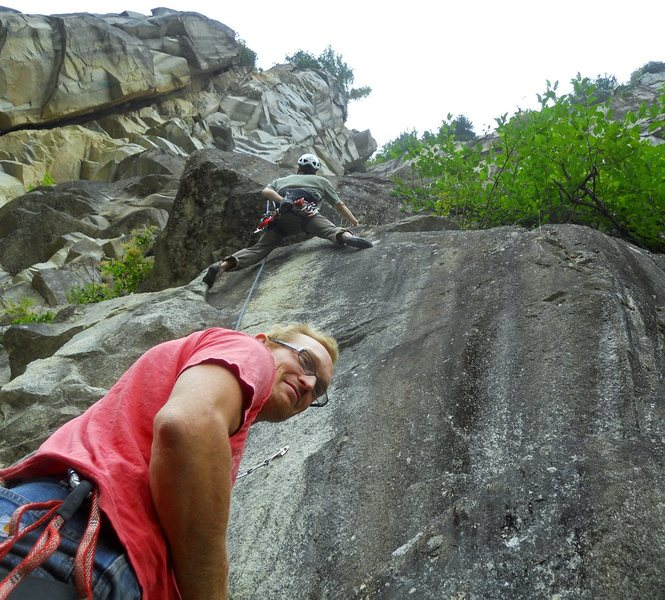 Rock Climbing Photo: Nic Rosser starting the first pitch of Humble Pie ...