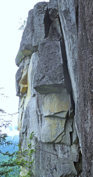 Rock Climbing Photo: The second pitch of 116 Orc Tower rd follows the r...
