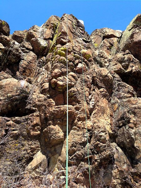 Rock Climbing Photo: The rope is more or less hanging on the route.