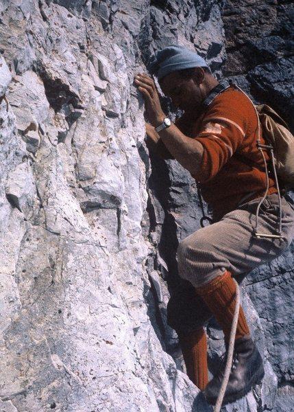 Rock Climbing Photo: Maurizio de Zanna at the low crux, Spigolo Fiames.