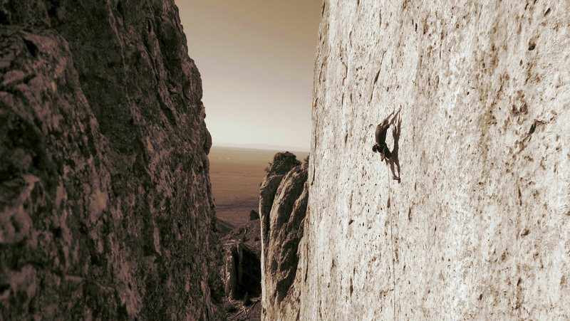 Rock Climbing Photo: Ben Eaton on Yellow Man.