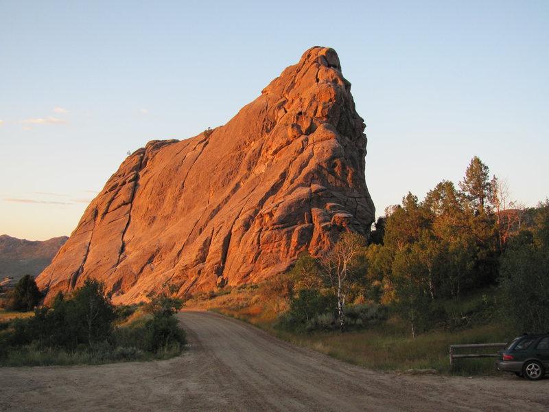 Rock Climbing Photo: Morning Alpenglow on Bath Rock, City of Rocks, 8/2...