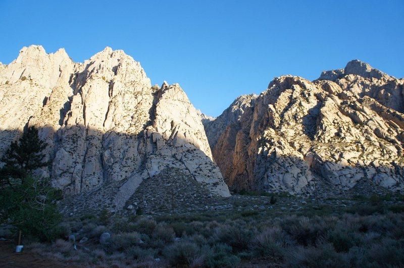 Rock Climbing Photo: Early morning light