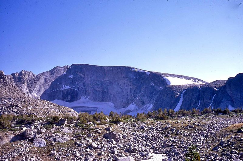 Approaching Kagevah's east face.