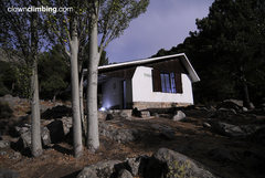"Free refuge in ""Nogal del Barranco"""