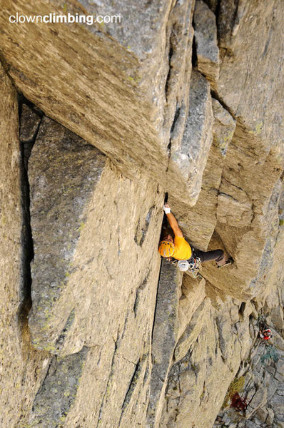 Rock Climbing Photo: Norte directa: beautiful first pich!