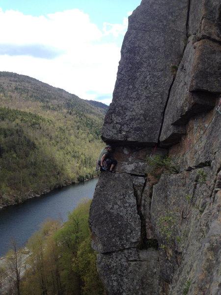 Rock Climbing Photo: Enjoying the nice traverse pitch on The EL.