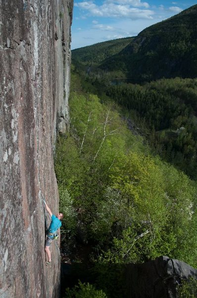 Rock Climbing Photo: Where It's Only Entertainment breaks left and Capt...