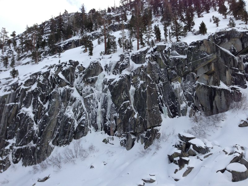 Rock Climbing Photo: Some nice mixed lines that form on the winter.