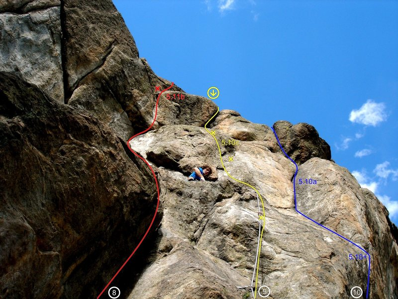 Start up The Leaning Corner (@POUND@8) on the steep, bouldery start just to the left of Leaning Flake.