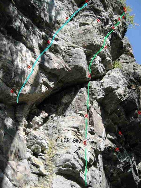 Rock Climbing Photo: Start left of Chérubin finish right