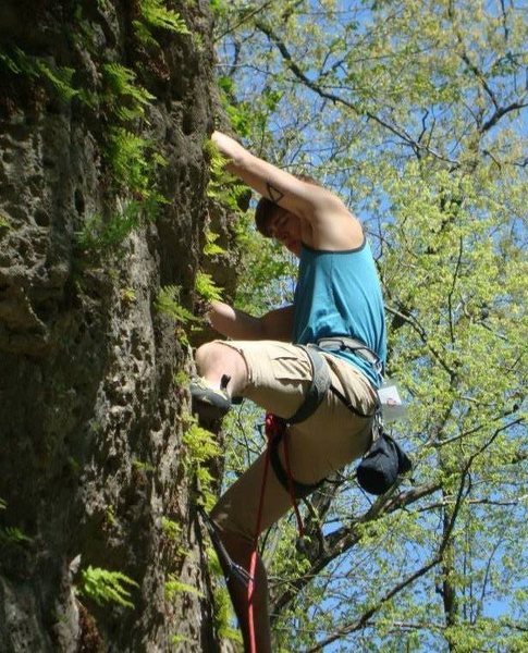 Rock Climbing Photo: Leading a route at Mild Iowa