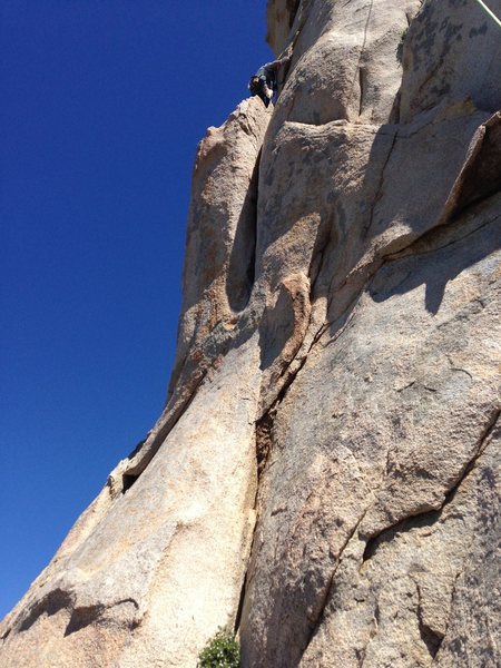 Rock Climbing Photo: Shot of the second, short, upper crack. Nice moves...