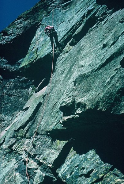 Rock Climbing Photo: Descent by rappel from C'est la Morte. Whistle Sto...