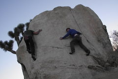 Rock Climbing Photo: Ring Around the Rose on Pinhead Boulder, Hidden Va...