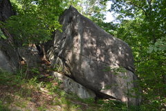 Rock Climbing Photo: The corridor and large boulder that brings parties...