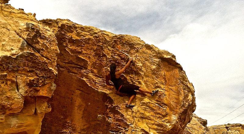 Moes Valley bouldering