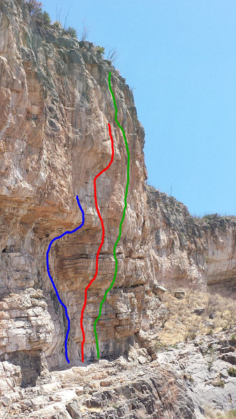 Routes at the Super Fly Cave:<br> <br> Blue: Super Fly<br> Red: 100 Degrees of Solitude<br> Green: Betamorphosis