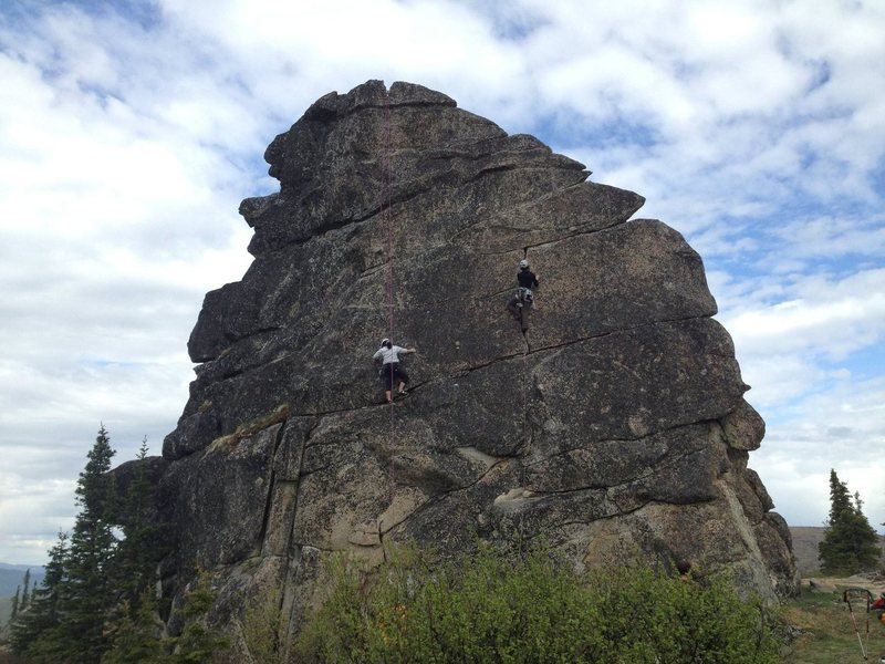 Rock Climbing Photo: Left climber is on R+R(Stupid) 5.9, right climber ...