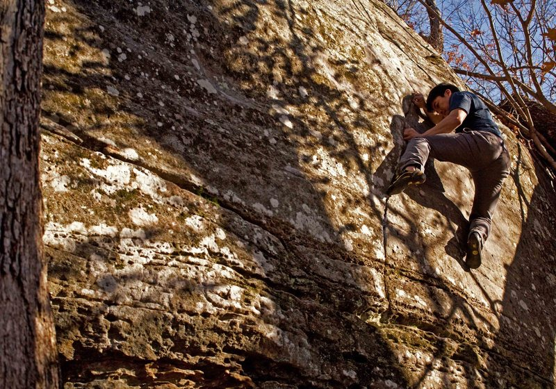 Rock Climbing Photo: Jason Gatmaitan exhibiting the lack of footholds o...