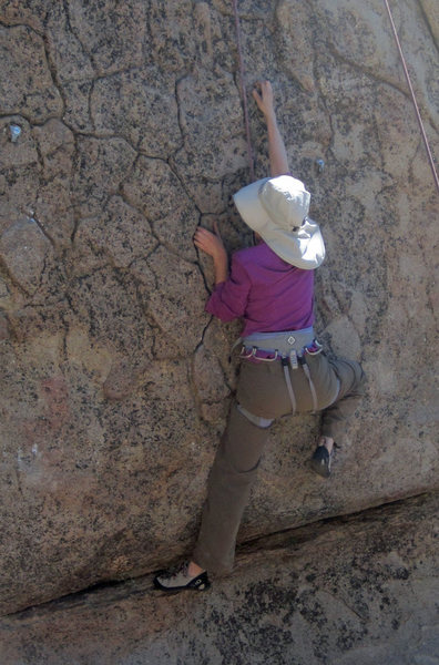 Rock Climbing Photo: Sara Susca on the difficult start of Snelled Hook.