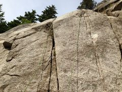 Rock Climbing Photo: Smoke Bluffs - Lumberyard area - Erica 5.10b