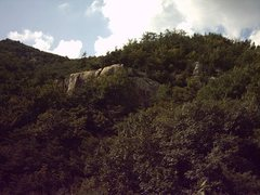 Rock Climbing Photo: View of the crag from the trail
