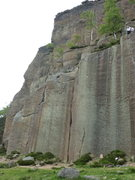 Rock Climbing Photo: The two parallel cracks, off-width and finger, in ...