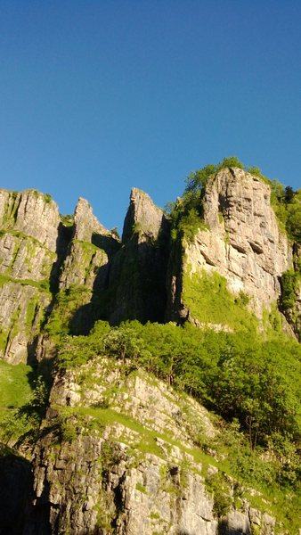Sunset Buttress and some of the bigger climbs in Pinnacle Bay on the South side of Cheddar gorge