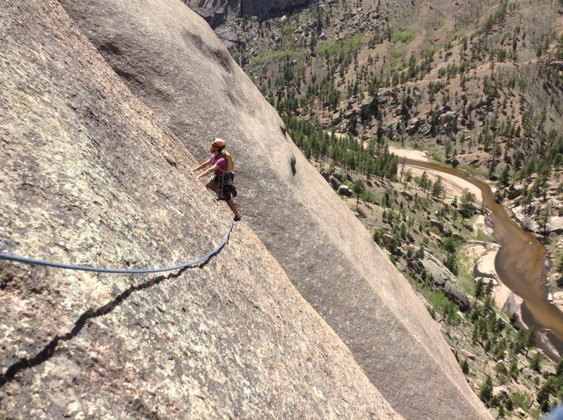 Rock Climbing Photo: Runout and cleaning up after a little eff-up on pi...