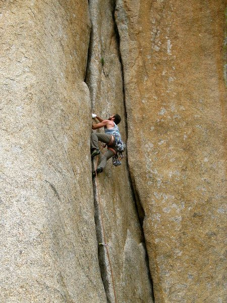 Rock Climbing Photo: Starting to cruise right after the crux.