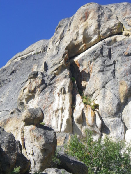 Rock Climbing Photo: Looking to the south from the east side of the slo...